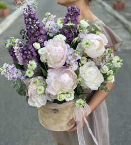 Садовый букет – Інтернет-магазин квітів STUDIO Flores