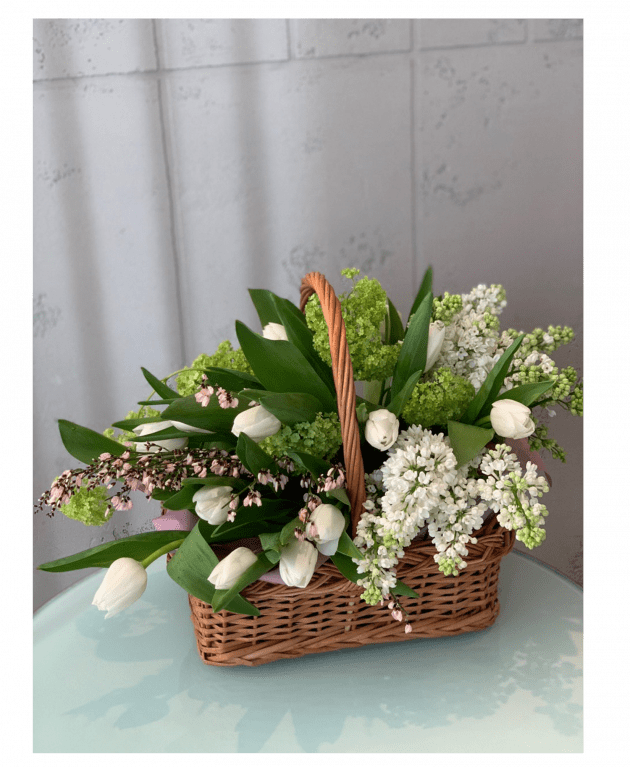 Кошик з квітами – Інтернет-магазин квітів STUDIO Flores