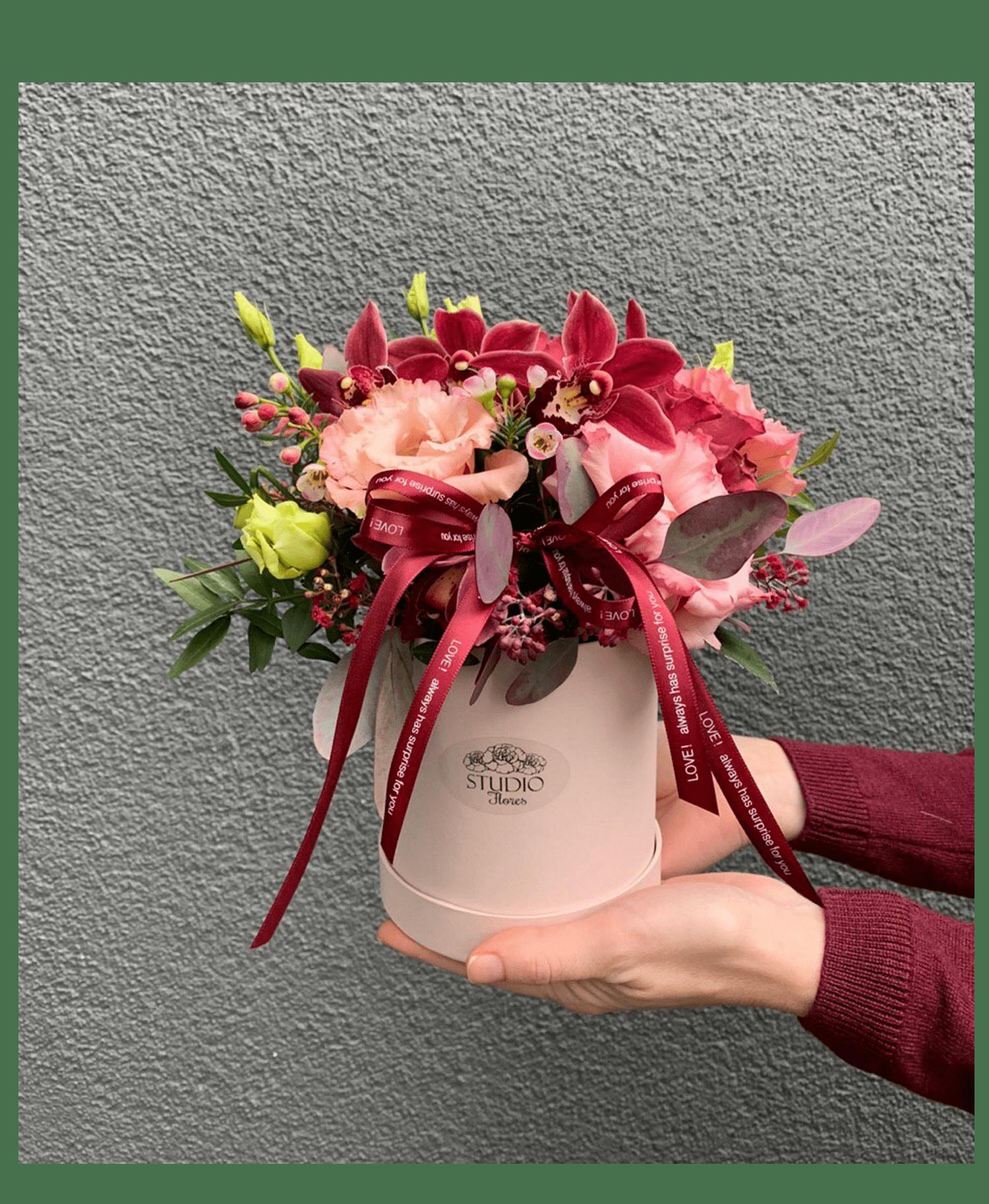 Букет Оттенки марсала – Інтернет-магазин квітів STUDIO Flores