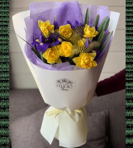 """Букет """"Яркие краски"""" – Интернет-магазин цветов STUDIO Flores"""