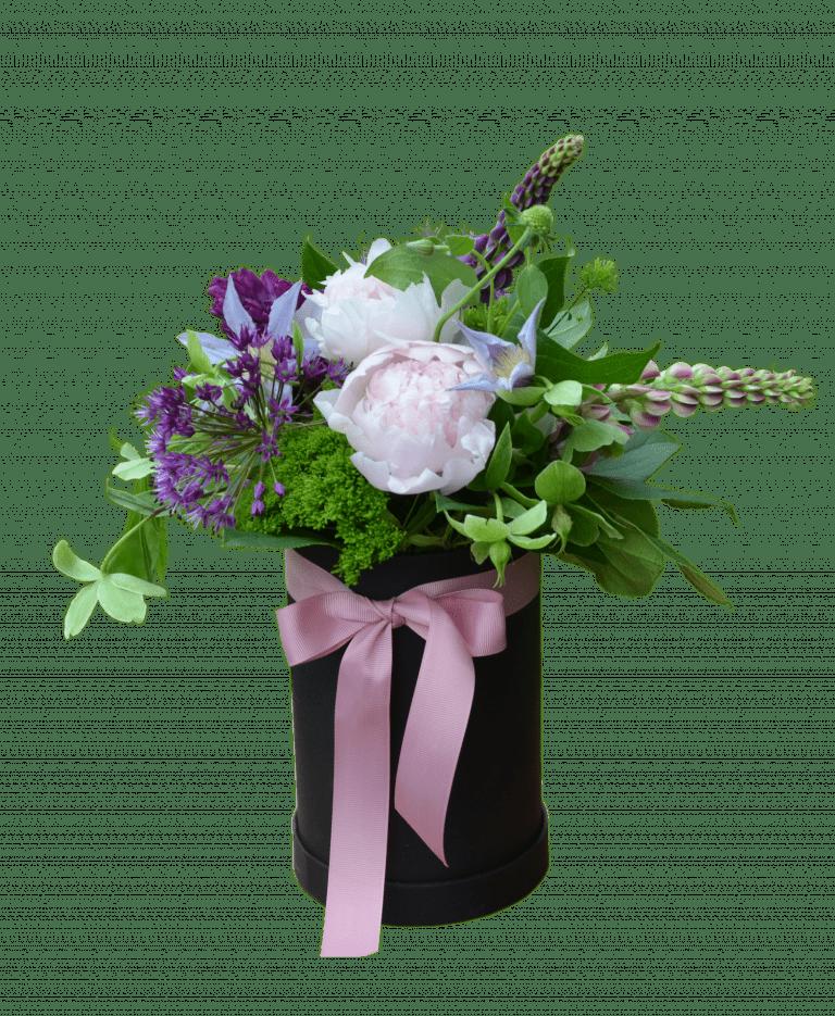 Композиция с пионами – Интернет-магазин цветов STUDIO Flores