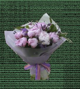 Букет с пионами – Flower shop STUDIO Flores