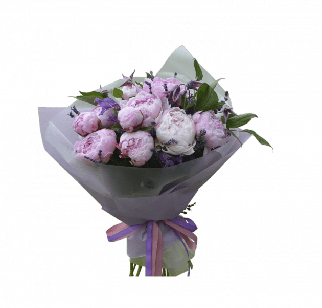 Букет с пионами – Интернет-магазин цветов STUDIO Flores