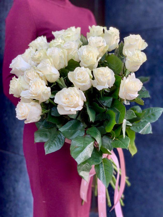21 white rose Mondial – Flower shop STUDIO Flores