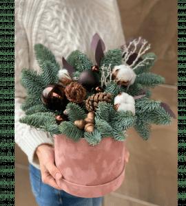 Букет Рождественский поцелуй – Интернет-магазин цветов STUDIO Flores