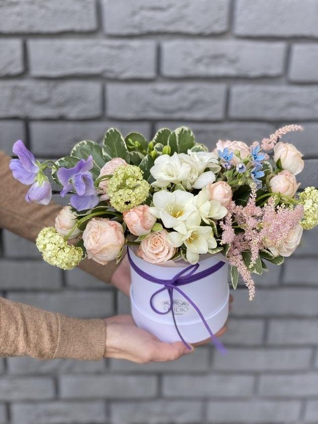 Букет Сюита – Интернет-магазин цветов STUDIO Flores