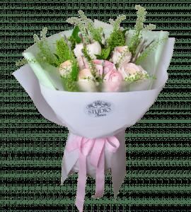 Букет с ранункулюсами – Flower shop STUDIO Flores