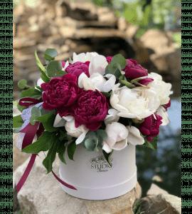 Пионовый взрыв – Flower shop STUDIO Flores