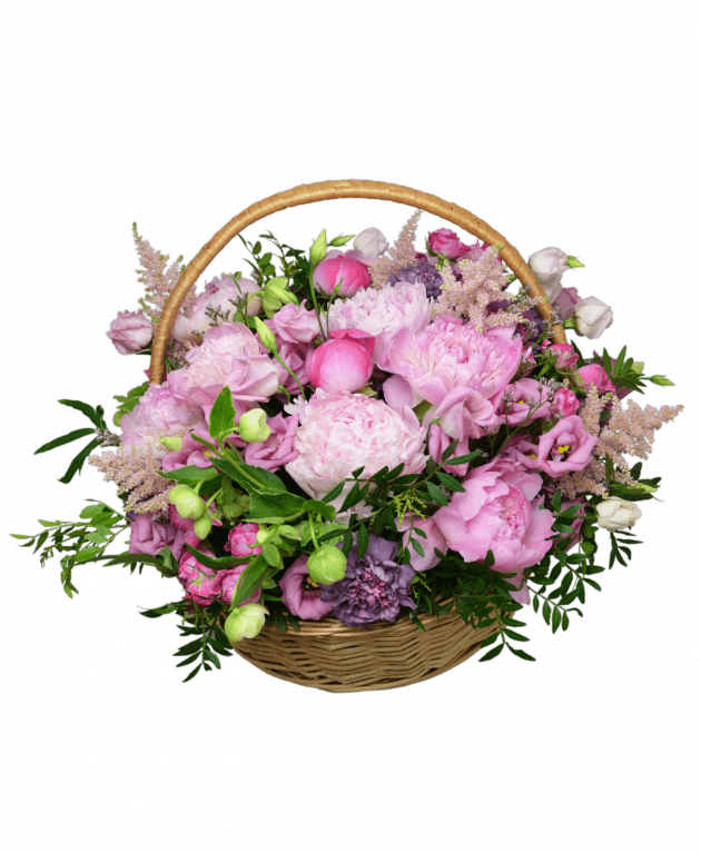 Basket with peonies – Flower shop STUDIO Flores