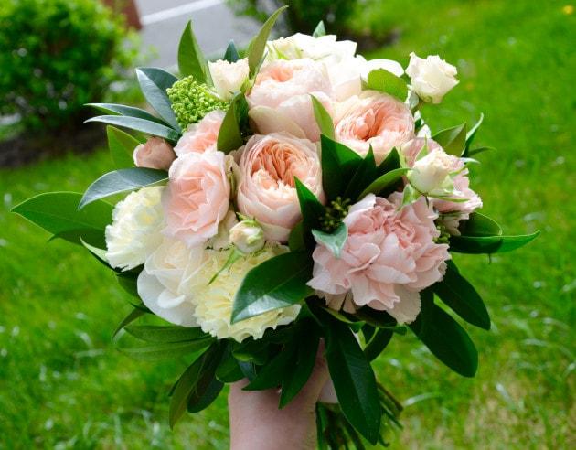 Букет невесты 2 – Интернет-магазин цветов STUDIO Flores