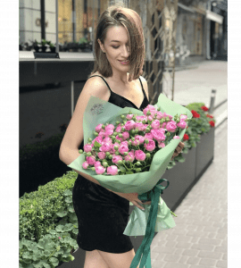 Букет 9 троянд Бомбастік – Flower shop STUDIO Flores