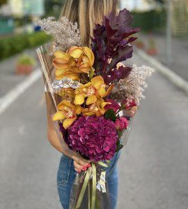 Букет Вдохновение флориста – Интернет-магазин цветов STUDIO Flores
