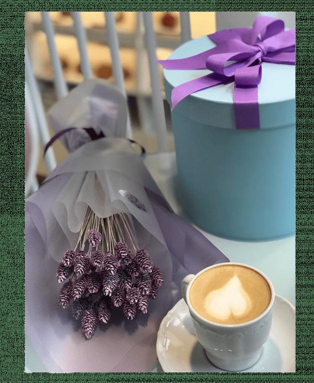 Букет с фалярисом – Интернет-магазин цветов STUDIO Flores