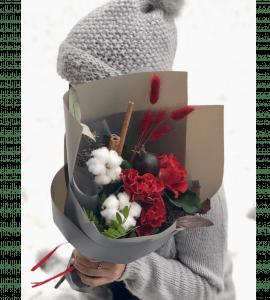Букет с гранатом – Интернет-магазин цветов STUDIO Flores