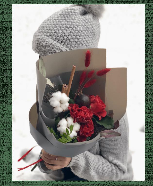 Букет з гранатом – Інтернет-магазин квітів STUDIO Flores