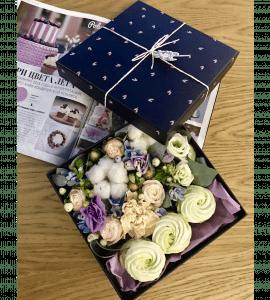 Букет Секретный бокс – Интернет-магазин цветов STUDIO Flores