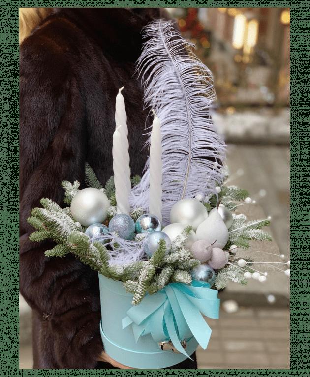 Букет 'Новогоднее волшебство' – Интернет-магазин цветов STUDIO Flores