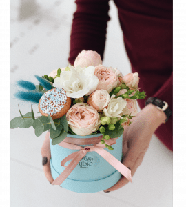 "Букет ""Цветочное пирожное"" – Інтернет-магазин квітів STUDIO Flores"