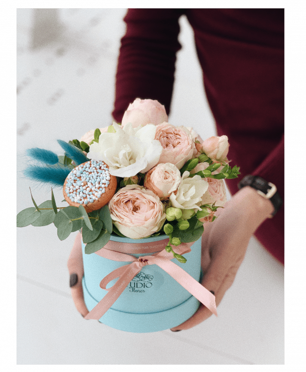 """Букет """"Цветочное пирожное"""" – Интернет-магазин цветов STUDIO Flores"""
