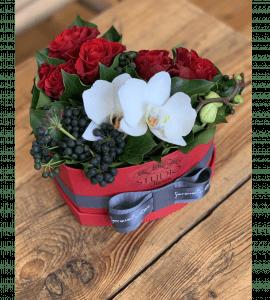 """Букет-сердце """"Маритана"""" – Интернет-магазин цветов STUDIO Flores"""
