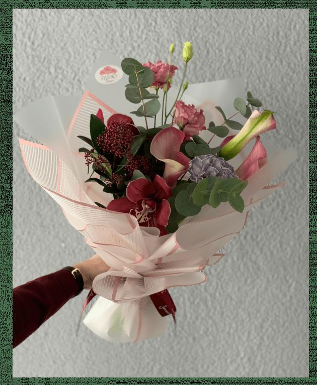 """Букет """"Зимнее очарование"""" – Интернет-магазин цветов STUDIO Flores"""