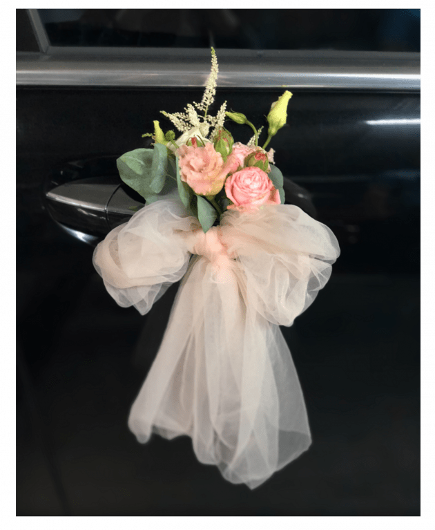 Бутоньерка на автомобиль – Интернет-магазин цветов STUDIO Flores