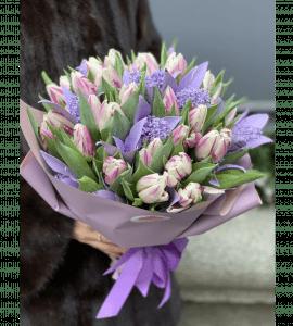 Зимний букет тюльпанов – Интернет-магазин цветов STUDIO Flores