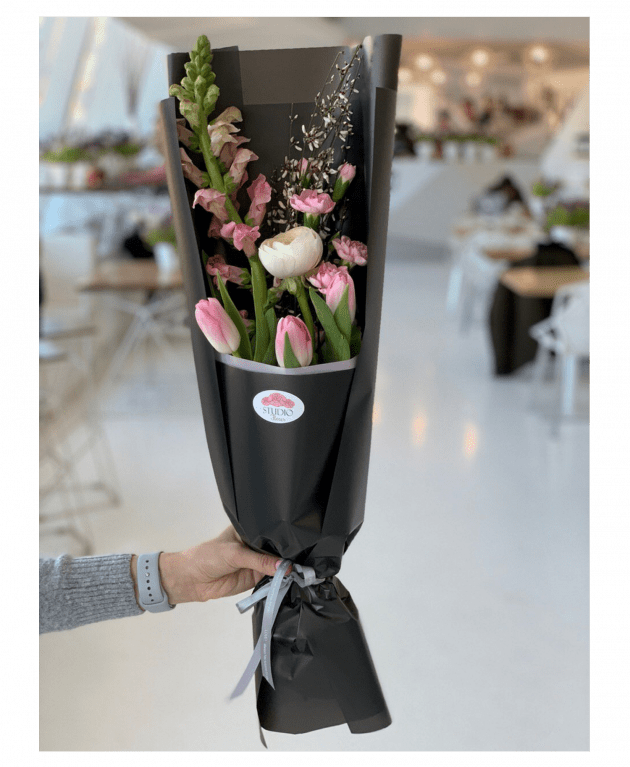 """Букет """"На стиле"""" – Интернет-магазин цветов STUDIO Flores"""