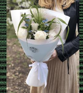 Букет белых пионов – Интернет-магазин цветов STUDIO Flores