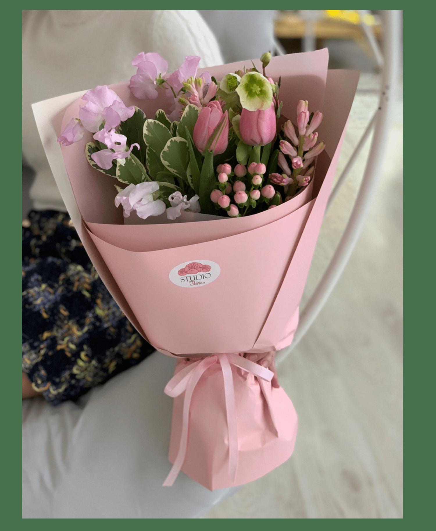 """Букет """"Флирт"""" – Інтернет-магазин квітів STUDIO Flores"""