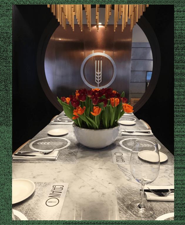 Оформлення квітами ресторану – Інтернет-магазин квітів STUDIO Flores