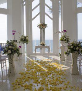 Цветы в зале