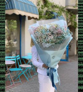 Букет с радужной гипсофилой – Інтернет-магазин квітів STUDIO Flores