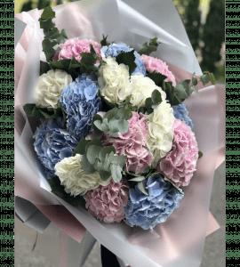 """Букет """"Облако гортензии"""" – Інтернет-магазин квітів STUDIO Flores"""
