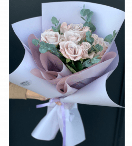 """Букет """"11 роз Мента"""" – Інтернет-магазин квітів STUDIO Flores"""