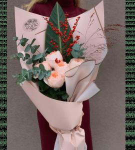 Які квіти подарувати колезі?