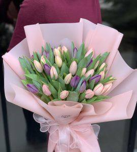 Букет 23 тюльпана – Интернет-магазин цветов STUDIO Flores