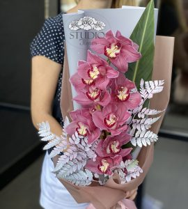 <Bouquet with orchids