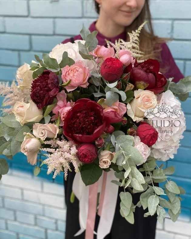 Bouquet 'Monamour' – Flower shop STUDIO Flores