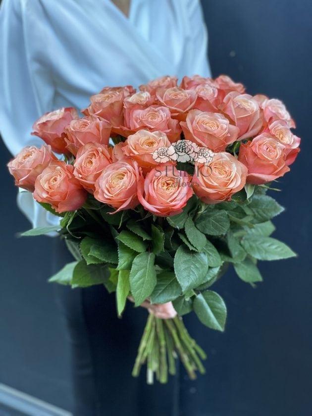 Букет двадцять три троянди Кахала – Інтернет-магазин квітів STUDIO Flores