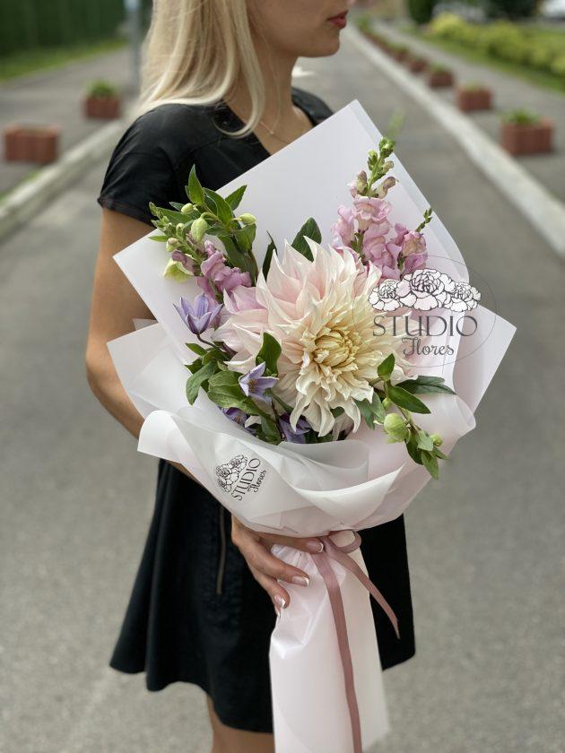 Букет квітів 'Класний букет' – Інтернет-магазин квітів STUDIO Flores